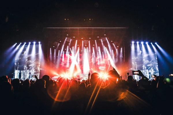 Guns N' Fuckin' Roses глазами зрителя